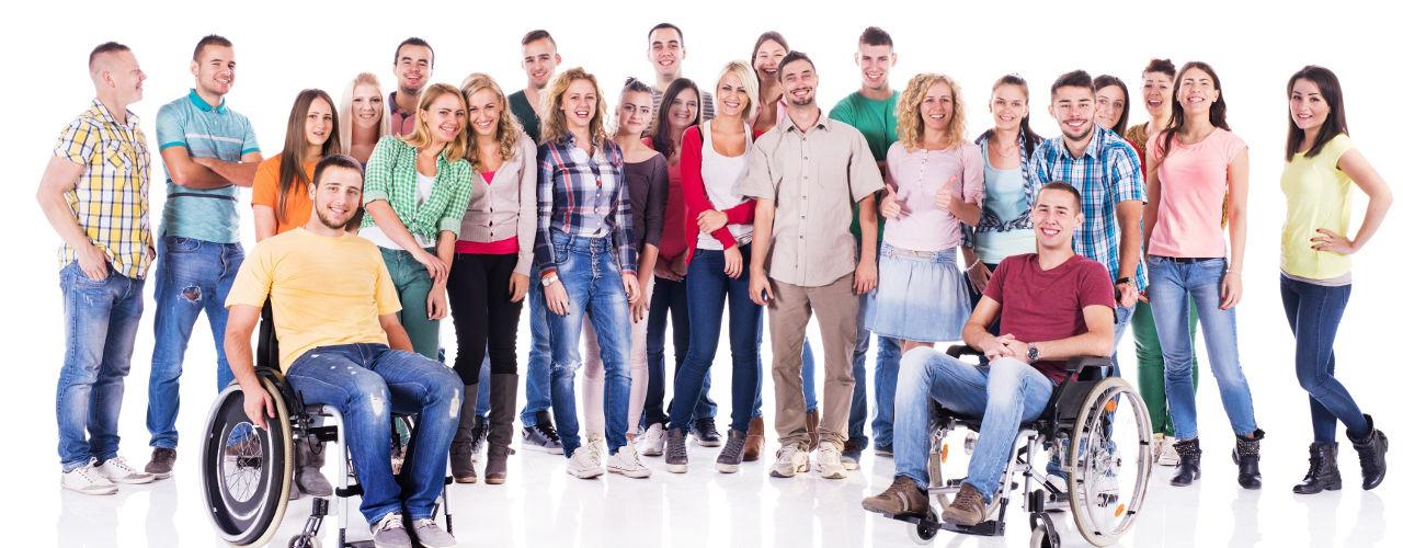 Java programozó képzés - A&K Akadémia csoportképe kerekesszékesekkel